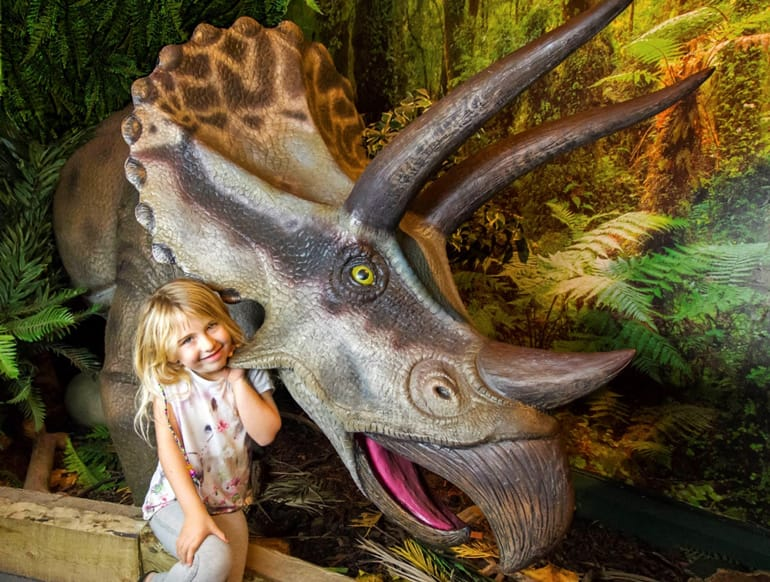 greatlittlebreaks-dinosaur-world-torquay.jpg