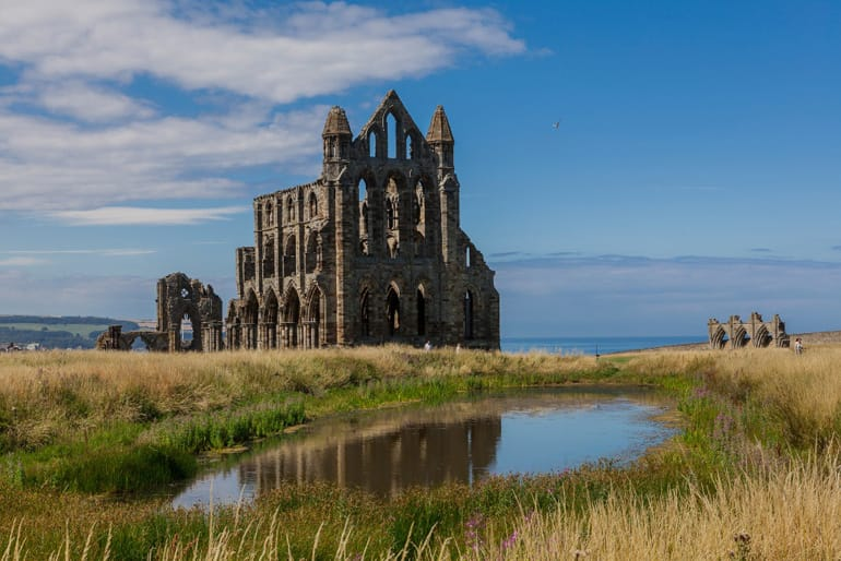 Whitby Abbey 1.jpg