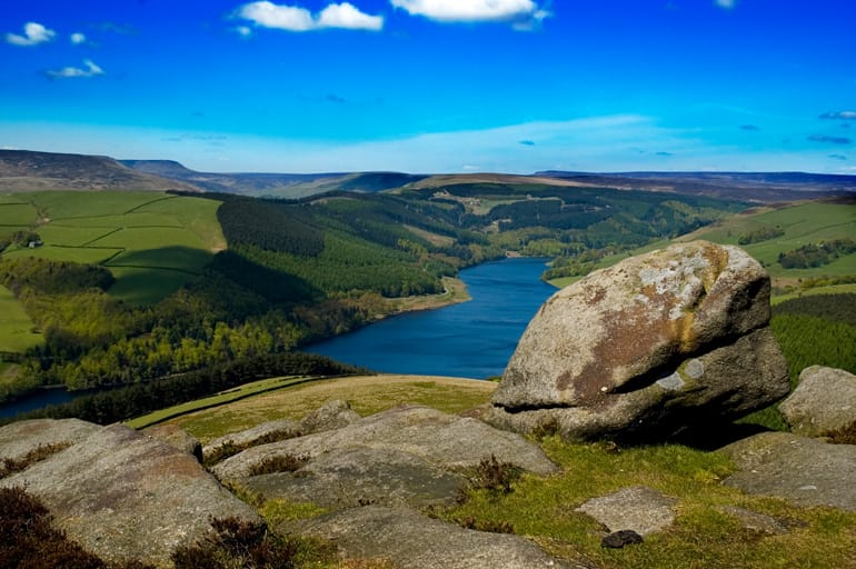 greatlittlebreaks-ladybower-reservoir-peak-district.jpg