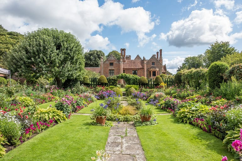 Chenies Manor Garden in Hertfordshire.jpg
